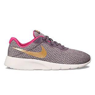 new product 16024 36d99 Nike Girls Roshe Shoes 35