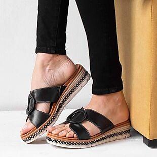 Peltz Shoes deals