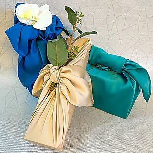 Lotus Wrapping deals